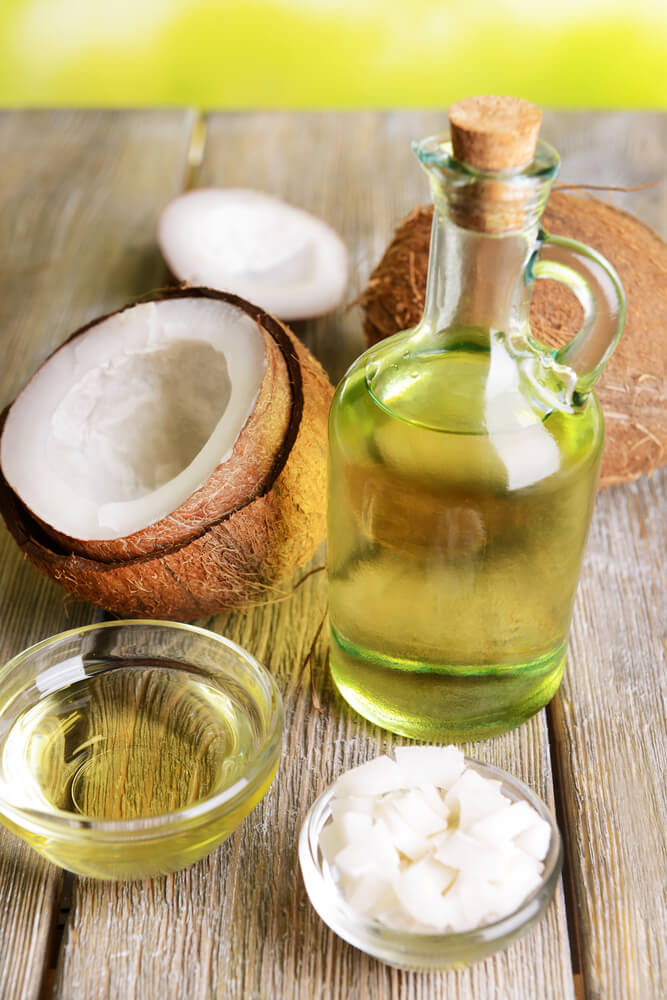how to use coconut oil to clean teeth